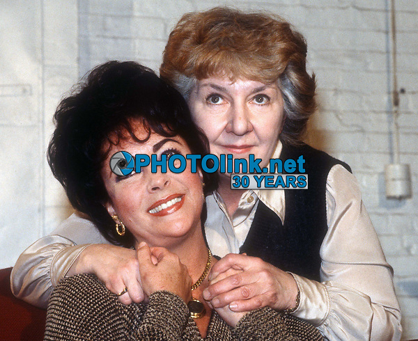 #ElizabethTaylor #MaureenStapleton 1981<br /> Photo By Adam Scull/PHOTOlink.net