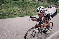 Mike Teunissen (NED/Sunweb) in a high speed descent of the Cormet de Roselend (1977m)<br /> <br /> Stage 6: Frontenex > La Rosière Espace San Bernardo (110km)<br /> 70th Critérium du Dauphiné 2018 (2.UWT)