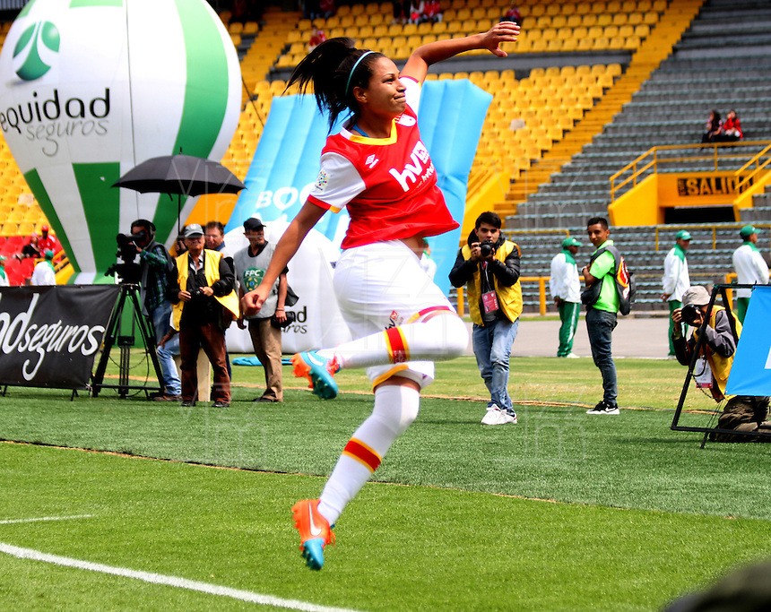 BOGOTA -COLOMBIA, 19-02-2017. Oriana Yoselyn Altuve player of Independiente Santa Fe celebrates his goal agaisnt Equidad.Action game between  La Equidad and Independiente Santa Fe  during match for the date 1 of the Women´s  Aguila League I 2017 played at Nemesio Camacho El Campin stadium . Photo:VizzorImage / Felipe Caicedo  / Staff