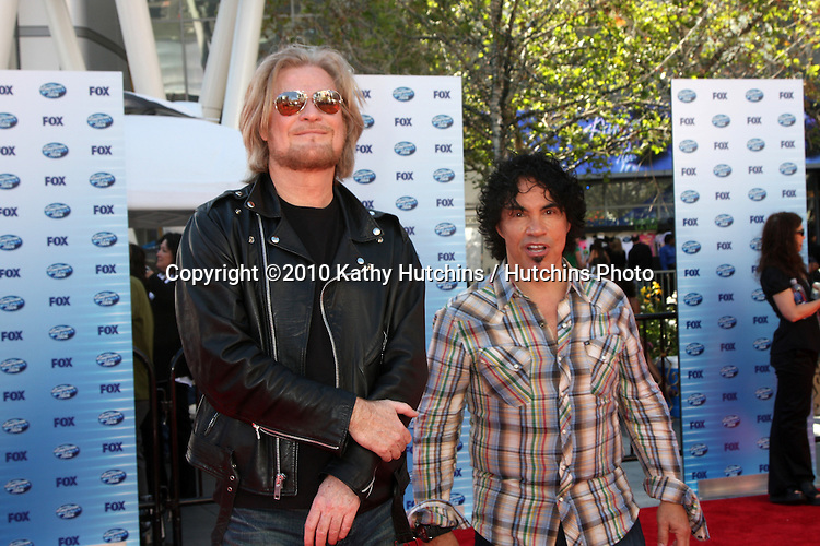 Daryl Hall & John Oates.arrives at the American Idol Finale - Season 9.Nokia Live.Los Angeles, CA.May 26, 2010.©2010 Kathy Hutchins / Hutchins Photo....