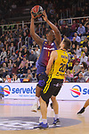 League ACB-ENDESA 2017/2018 - Game: 11.<br /> FC Barcelona Lassa vs Iberostar Tenerife: 91-93.<br /> Kevin Seraphin vs Mateusz Ponitka.