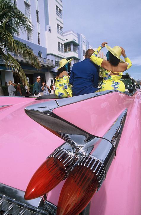 pink cadillac and ocean drive miami beach south beach