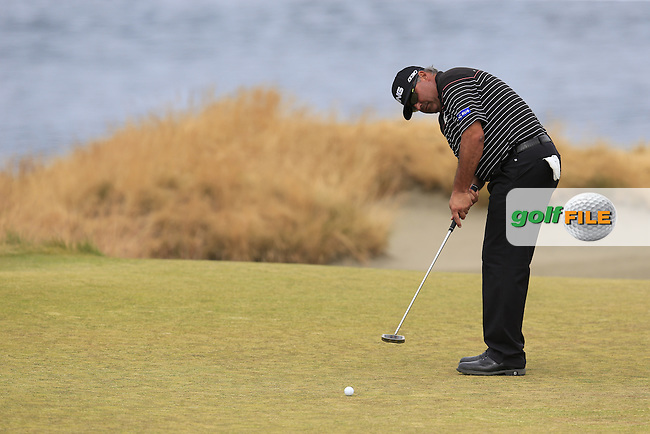 Angel Cabrera (ARG) putts on the 15th green during Thursday's Round 1 of the 2015 U.S. Open 115th National Championship held at Chambers Bay, Seattle, Washington, USA. 6/18/2015.<br /> Picture: Golffile | Eoin Clarke<br /> <br /> <br /> <br /> <br /> All photo usage must carry mandatory copyright credit (&copy; Golffile | Eoin Clarke)