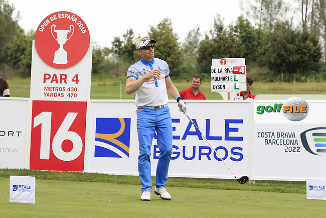 Simon Dyson (ENG) on the 16th tee during Round 1 of the Open de Espana  in Club de Golf el Prat, Barcelona on Thursday 14th May 2015.<br /> Picture:  Thos Caffrey / www.golffile.ie