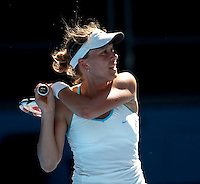 Barbora Zahlavova Strycova (CZE) against Dinara Safina (RUS) in the Second Round of the Ladies Singles. Safina beat Zahlavova Strycova.6-3 6-4..International Tennis - Australian Open Tennis - Wednesday 20 Jan 2010 - Melbourne Park - Melbourne - Australia ..© Frey - AMN Images, 1st Floor, Barry House, 20-22 Worple Road, London, SW19 4DH.Tel - +44 20 8947 0100.mfrey@advantagemedianet.com