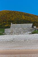 Europe/France/Normandie/Basse-Normandie/50/Manche/Cap de la Hague/Vauville: Anse de Vauville et Fort de Vauville  //  France, Manche, Cotentin, La Hague, Vauville: Anse de Vauville and Vauville's Fort