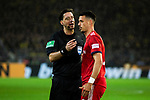 10.11.2018, Signal Iduna Park, Dortmund, GER, 1.FBL, Borussia Dortmund vs FC Bayern M&uuml;nchen, DFL REGULATIONS PROHIBIT ANY USE OF PHOTOGRAPHS AS IMAGE SEQUENCES AND/OR QUASI-VIDEO<br /> <br /> im Bild | picture shows:<br /> Sandro Wagner (Bayern #2) beschwert sich bei Schiedsrichter | Referee Manuel Gr&auml;fe dar&uuml;ber, gesto&szlig;en worden zu sein, <br /> <br /> Foto &copy; nordphoto / Rauch