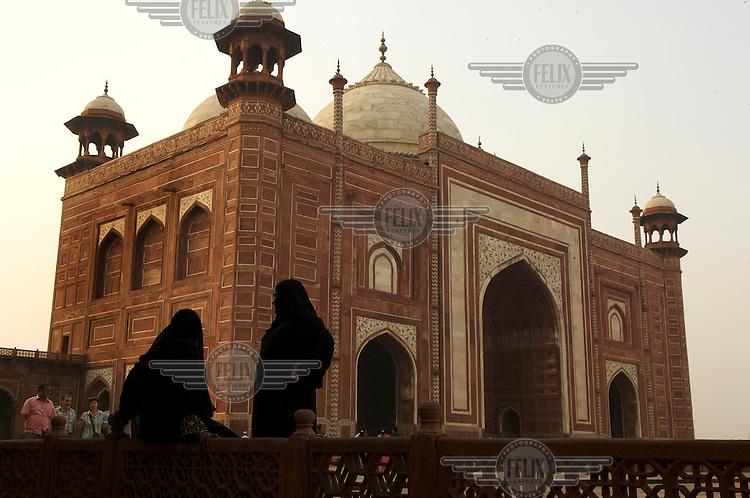 Women outside the Taj Mahal in Agra.