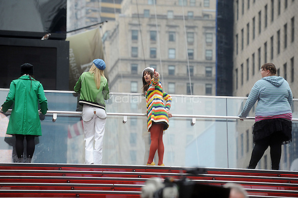 Lea Michele and Ashley Fink filming an episode of the TV show 'Glee' in New York City. April 25, 2011. © mpi01 / MediaPunch Inc.