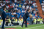 Manager Julen Lopetegui (R) of Real Madrid gestures as coach Jose Bordalas Jimenez (L) of Getafe CF looks on during the La Liga 2018-19 match between Real Madrid and Getafe CF at Estadio Santiago Bernabeu on August 19 2018 in Madrid, Spain. Photo by Diego Souto / Power Sport Images