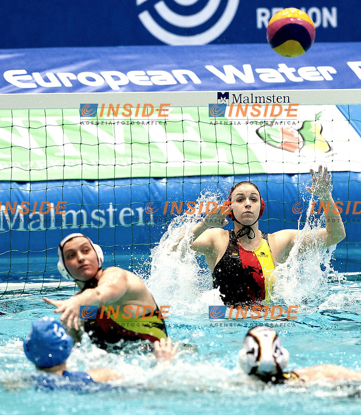 Eindhoven , Netherlands (NED) 16 - 29 January 2012.LEN European  Water Polo Championships 2012.Day 07 - Women.Germany (White) - Italia (Blue).1 AHRENS Bianca.Photo Insidefoto / Giorgio Scala