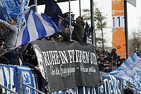 Letzter Lilien Gruß an den verstorbenen Teambetreuer - 29.02.2020: SV Darmstadt 98 vs. 1. FC Heidenheim, Stadion am Boellenfalltor, 24. Spieltag 2. Bundesliga<br /> <br /> DISCLAIMER: <br /> DFL regulations prohibit any use of photographs as image sequences and/or quasi-video.