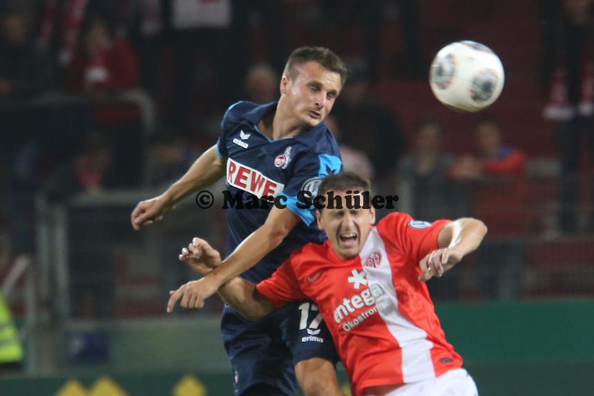 Slawomir Peszko (Köln) gegen Zdenek Pospech (Mainz) - 1. FSV Mainz 05 vs. 1. FC Köln, Coface Arena, 2. Runde DFB-Pokal
