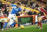 Aberdeen v St Johnstone&hellip;22.09.16.. Pittodrie..  Betfred Cup<br />Joe Gormley is closed down by Anthony O&rsquo;Connor<br />Picture by Graeme Hart.<br />Copyright Perthshire Picture Agency<br />Tel: 01738 623350  Mobile: 07990 594431