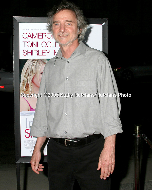 Curtis Hanson.In Her Shoes Premiere.Academy of Motion Pictures Arts & Sciences.Los Angeles, CA.September 28, 2005.©2005 Kathy Hutchins/Hutchins Photo