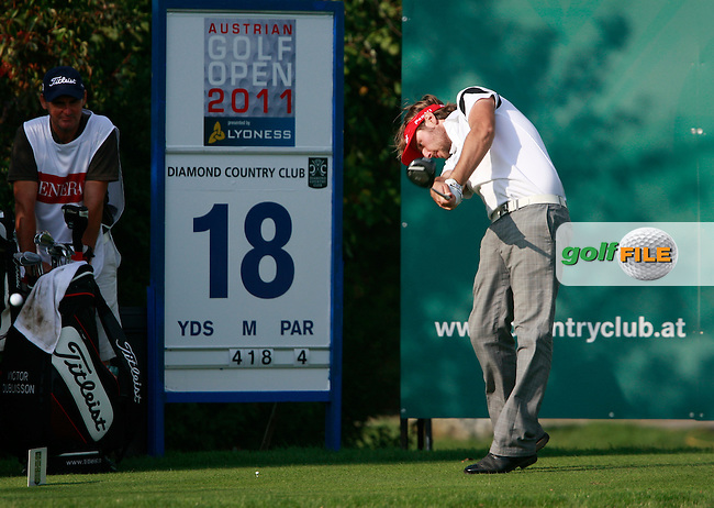 Victor Dubuisson (FRA) tees off on the 18th tee during Thursday's Round 1 of the Austrian Open presented by Lyoness at the Diamond Country Club, Atzenbrugg, Austria, 22nd September 2011 (Photo Eoin Clarke/www.golffile.ie)