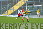 Marc O? Se?, Ciaran Mullan (Derry), Kerry v Derry, Allianz National Football League, 2nd March 2008 at Fitzgerald Stadium, Killarney.   Copyright Kerry's Eye 2008