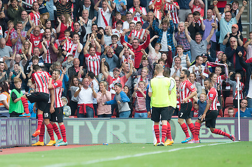 27.09.2014.  Southampton, England. Barclays Premier League. Southampton versus Queens Park Rangers. Graziano Pelle celebrates after scoring to make it 2-1 to Southampton.