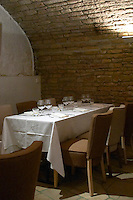 les vignes rouges restaurant beaune cote de beaune burgundy france