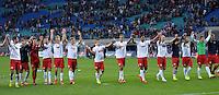 Fußball 2. Bundesliga 2014/15 - RB Leipzig gegen Erzgebirge Aue am 22.08.2014 in der Red-Bull-Arena Leipzig (Sachsen). <br /> IM BILD: Das Team von RB bedankt sich nach dem Spiel bei den Fans. <br /> Foto: Christian Modla