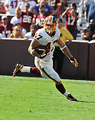 Landover, MD - September 21, 2008 -- Washington Redskins wide receiver Chris Cooley (47) runs with the ball after a fourth quarter reception that sealed the  24 - 17 victory over the Arizona Cardinals at FedEx Field in Landover, Maryland on Sunday, September 21, 2008..Credit: Ron Sachs / CNP