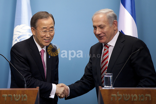 JERUSALEM, ISRAEL - FEBRUARY 01: Israeli Prime Minister Benjamin Netanyahu and UN Secretary-General Ban Ki-moon, shake hands  as they hold a joint Press Conference on February, 01, 2012. at the Prime Minister's office in Jerusalem, Israel. (Photo by - Uriel Sinai/Getty images) (Credit Image: © Uriel Sinai/Xinhua/ZUMAPRESS.com/apaimages)