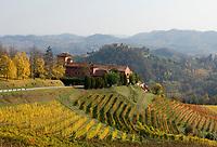 "Italien, Piemont, Region Monferrato: Weingut ""Tenuta la Tenaglia"" bei Serralunga di Crea | Italy, Piedmont, Region Monferrato: wine growing estate ""Tenuta la Tenaglia"" near Serralunga di Crea"
