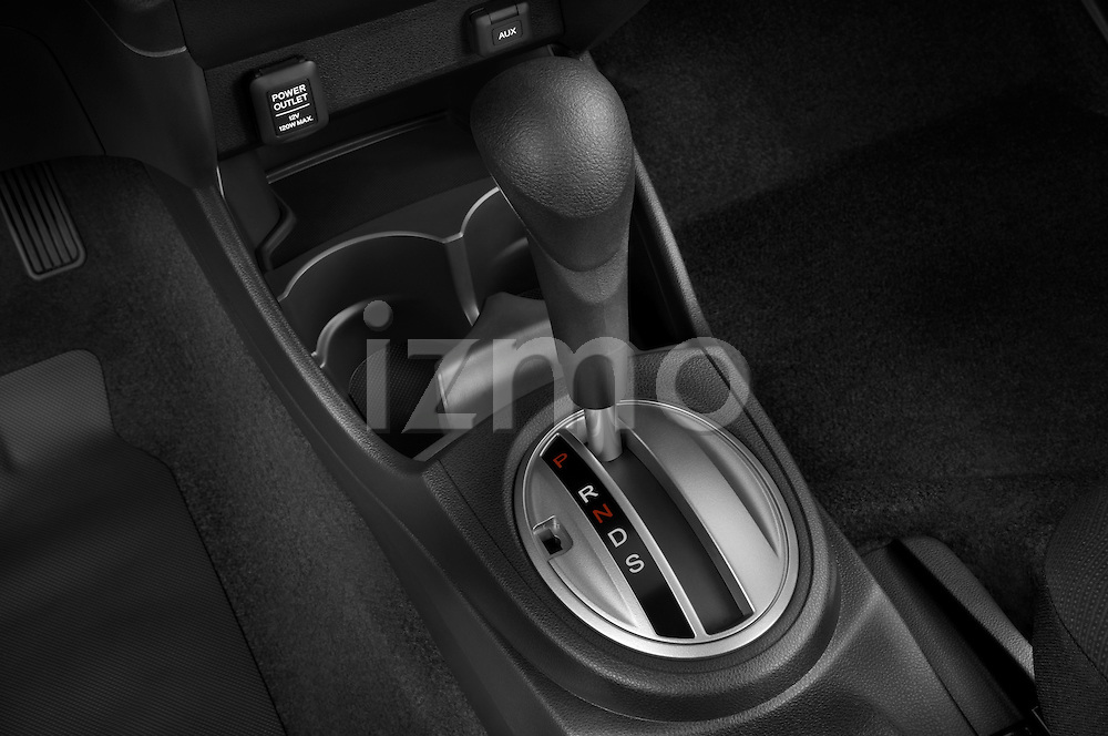 Gear shift detail view of a 2009 Honda Fit Sport