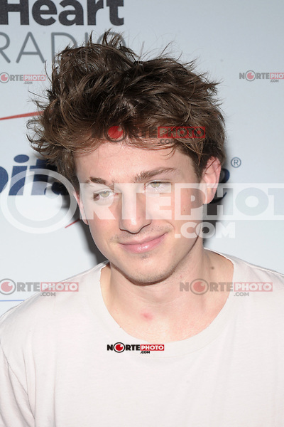 NEW YORK, NY - DECEMBER 8: Charlie Puth at Z100's Jingle Ball 2017 at Madison Square Garden in New York City, Credit: John Palmer/MediaPunch /nortephoto.com NORTEPHOTOMEXICO