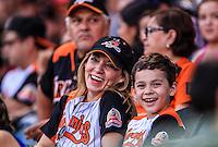 Aficionados  de Naranjeros, durante partido3 de beisbol entre Naranjeros de Hermosillo vs Mayos de Navojoa. Temporada 2016 2017 de la Liga Mexicana del Pacifico.<br /> © Foto: LuisGutierrez/NORTEPHOTO.COM