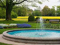 Brunnen im Seeburgpark Kreuzlingen, Kanton Thurgau , Schweiz<br /> Fountain, Seeburgpark Kreuzlingen, Canton Thurgau, Switzerland