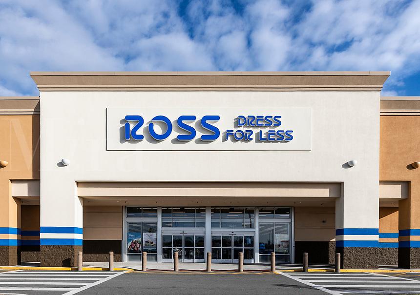 Ross Dress for Less, store exterior, Orlando, Florida, USA.