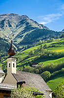 Oesterreich, Salzburger Land, Pinzgau, Raurisertal, Rauris: Friedhofskapelle hl. Michael | Austria, Salzburger Land, region Pinzgau, Rauris Valley, Rauris: Chapel of cementary St. Michael