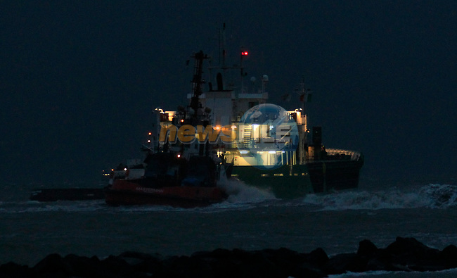 Tugboats &quot;Masterman&quot; and &quot;MourneVenture&quot; assisting the MV Arklow Valour after she ran aground at the mouth of the River Boyne at Mornington, Co. Louth on Friday 14th December 2018.<br /> Picture:  Thos Caffrey / www.newsfile.ie