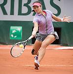 Na Li (CHN) splits first two sets with Kristina Mladenovic (FRA)