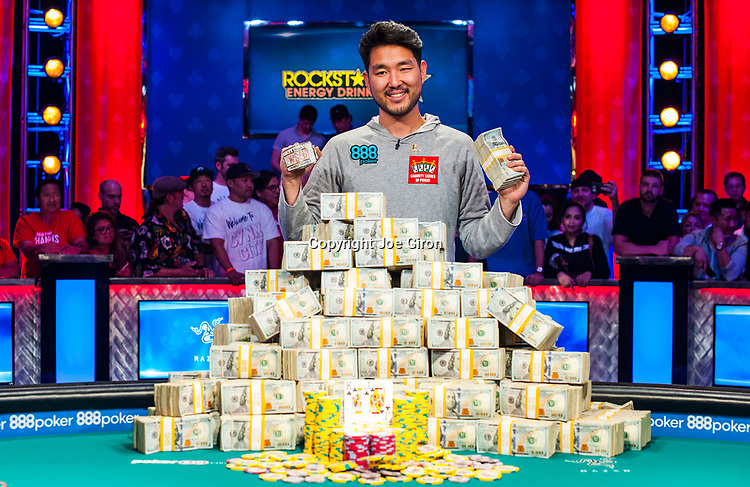 Main Event Champion John Cynn
