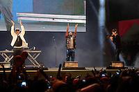 SÃO PAULO, SP - 15.06.2013: ANHANGABAÚ COPA DAS CONFEDERAÇÕES -  Bond do Tigrão faz show no Vale do Anhangabaú em São Paulo após o primeiro do jogo do Brazil pela Copa das Confederações. (Foto: Marcelo Brammer/Brazil Photo Press)