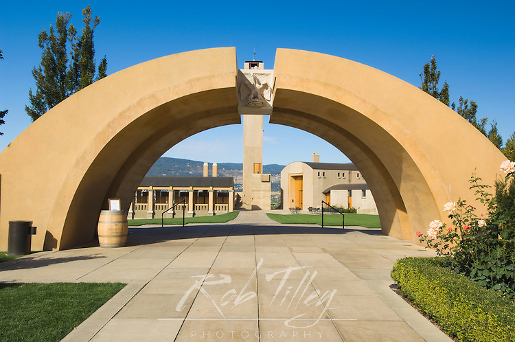 NA; Canada; British Columbia; Okanagan Valley; Westbank; Mission Hill Estate Winery Entry Arch