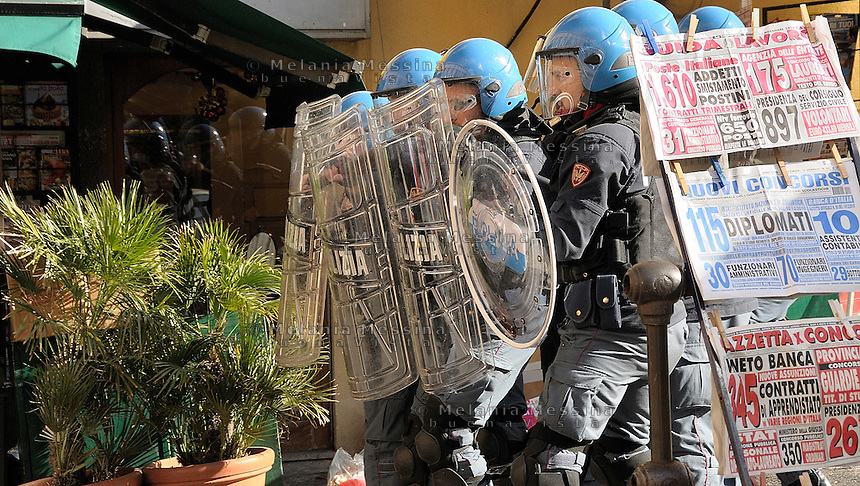 Palermo, police during students protest