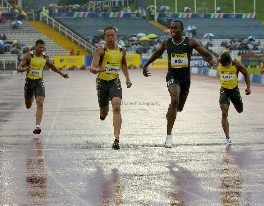 Photo: Richard Lane/Sportsbeat Images..Norwich Union British Grand Prix, Sheffield. 15/07/2007. .Wallace Spearmon (2nd lt) of USA wins with Usain Bolt (2nd rt) of Jamaica second the men's 200m.