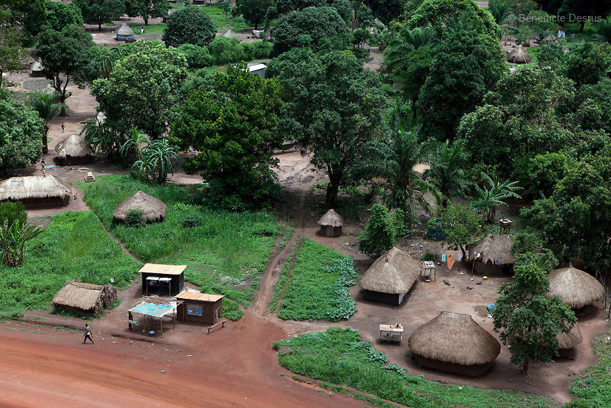 7 may 2010 - Western Equatoria, South Sudan - Aerial view of Yambio, South Sudan. Photo credit: Benedicte Desrus