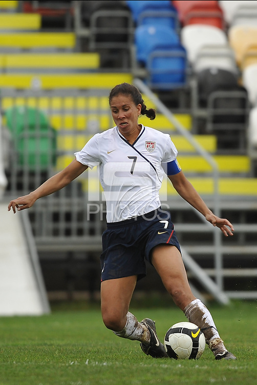 Shannon Boxx vs Norway at the Algarve Cup 2010