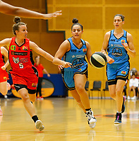 29th December 2019; Bendat Basketball Centre, Perth, Western Australia, Australia; Womens National Basketball League Australia, Perth Lynx versus Canberra Capitals; Kia Nurse of the Canberra Capitals drives to the basket - Editorial Use