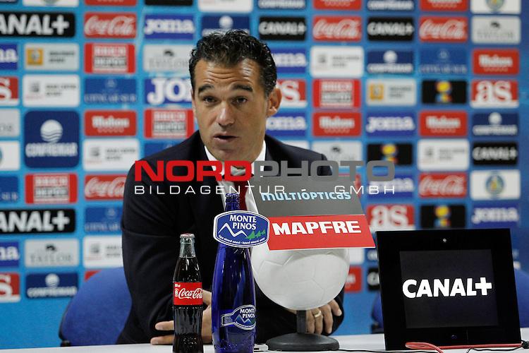 Getafe¬¥s coach Luis Garcia during a press conference after La Liga 2013-14 match at Getafe¬¥s stadium in Getafe, Spain. October 28, 2013. Foto © nph / Victor Blanco)