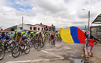 BOYACA - COLOMBIA: 07-09-2016. Aspecto del lote de ciclistas durante la primera etapa de la 38 versión de la vuelta Ciclista a Boyaca 2016 que se corre entre  Nobsa y Sogamoso. La prueba se corre entre el  7 y el 11 septiembre de 2016./ Aspect of the cyclists' peloton during the first stage of the Vuelta a Boyaca 2016 that took place between villages of Nobsa and Sogamoso. The race is held between 7 and 11 of September of 2016 . Photo:  VizzorImage/ José Miguel Palencia / Liga Ciclismo de Boyaca