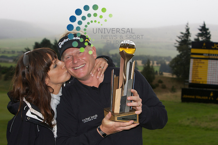 Johnnie Walker Golf Championship 2009 at Gleneagles ..30/08/09..Peter Hedblom celebratres winning with his wife  after the FInal Round of the Johnnie Walker Classic Golf Championship..Picture by Mark Davison/ Universal News & Sport