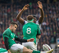 Twickenham, United Kingdom.   Natwest 6 Nations : Conor MURRAY, protected by JB STANDER, as Maro ITOJE attempts to charge down the clearence kic. England vs Ireland. at the  RFU Stadium, Twickenham, England, <br />
