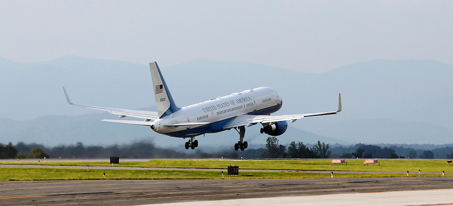 President Barack Obama's plane departs after a campaign stop in Charlottesville, VA.