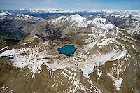 Lac de Allos: EUROPA,  FRANKREICH, ALPES MARITIMES 20.05.2016: Der  Lac d Allos  ist ein See bei 2220 H&ouml;henmetern im  Nationalpark Mercantour im Gebiet der Alpes-de-Haute-Provence. Der Lac d Allos ist der groesste natuerliche Bergsee  Europas . Er umfasst 60 Hektar und hat eine Tiefe von bis zu 50 m. <br /> Der Gletschersee, hat es eine gro&szlig;e Population von Forellen und Saiblingen.