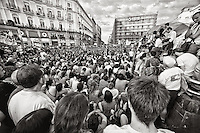 "In an unprecedented event in the history of Spanish democracy, citizens hit the streets in a whole scream of ""Real Democracy"" tired of political failures against the economic crisis, rising unemployment and abuse of major banks and financial institutions have left entire families evicted in the street."